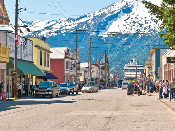 Skagway, AK - Food Runner, Server Assistant, Host - $12.00/h + tips